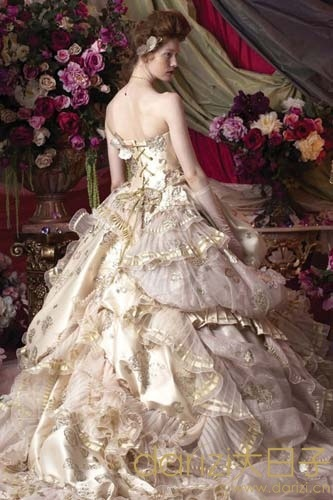 Mary anthony rococo style my clothing fashion blog for Period style wedding dresses